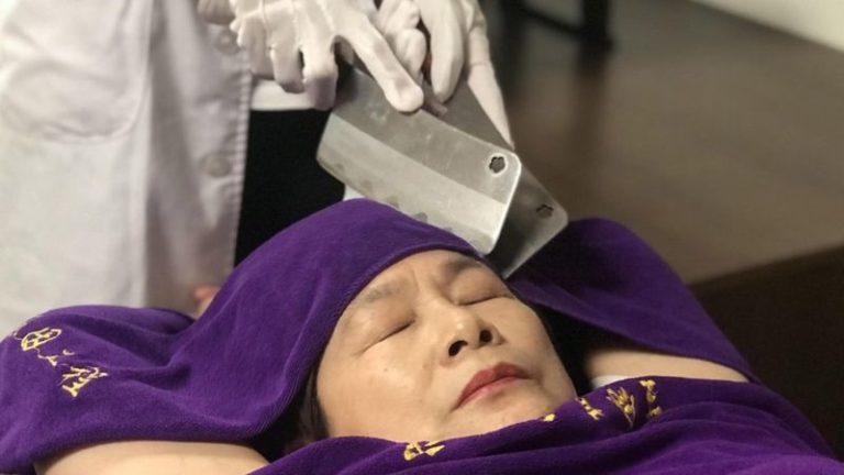 Ножи наголо — самый опасный массаж в мире