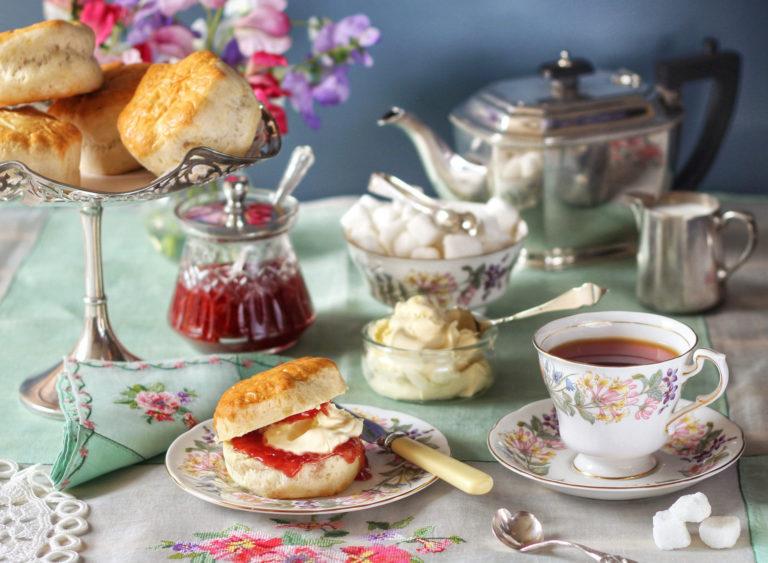 История происхождения чайной посуды