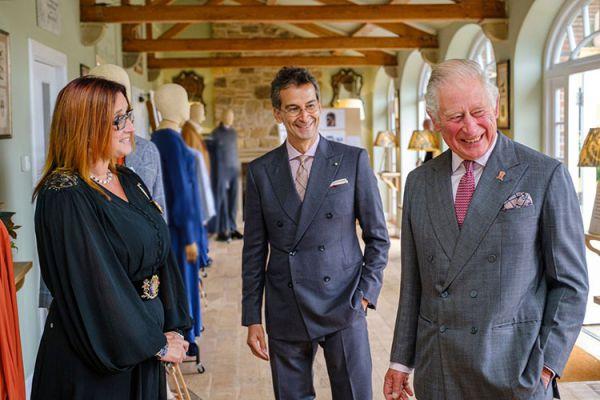 Неожиданно Принц Чарльз представил коллекцию экологической одежды