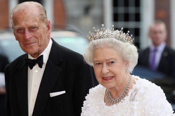 99-летний супруг королевы Елизаветы госпитализирован в лондонскую больницу