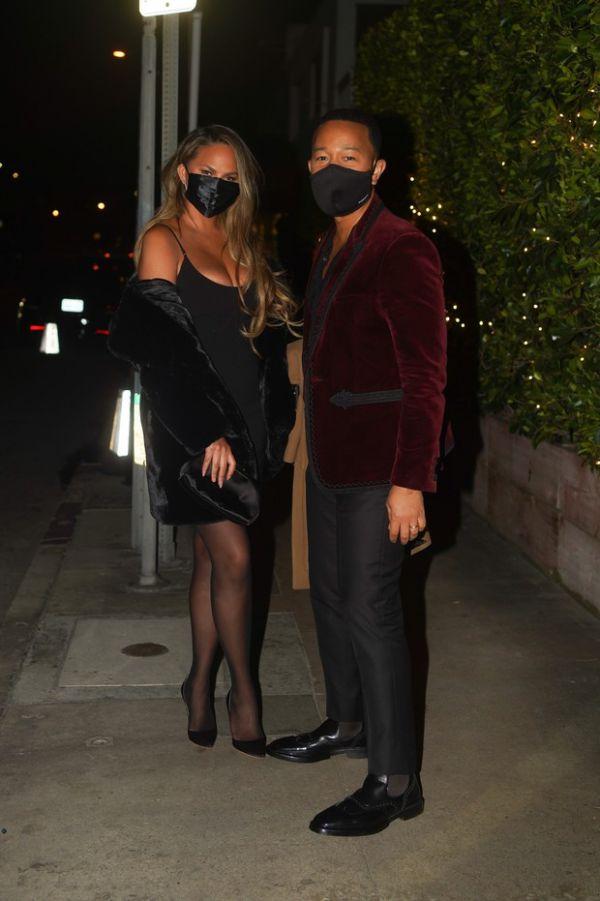 Такие красивые! Крисси Тейгена и Джон Ледженд на свидании (ФОТО)