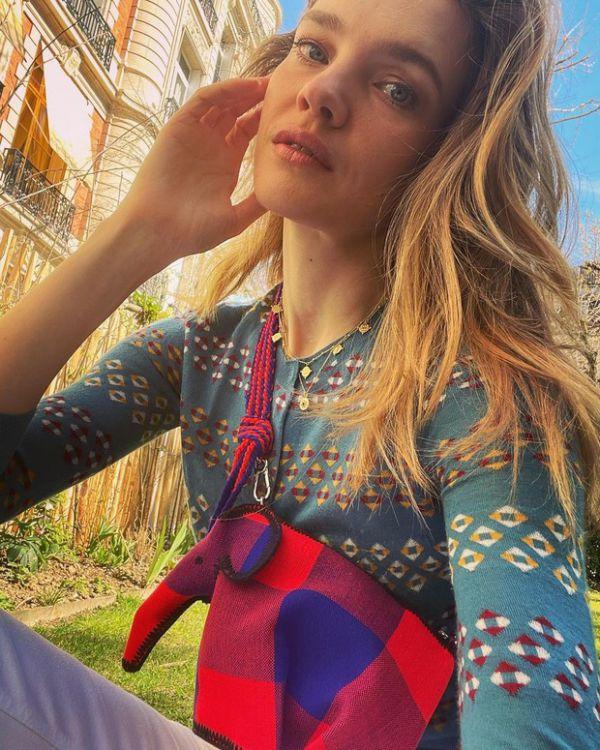 Почему Наталья Водянова выбирает волшебную сумку Loewe?