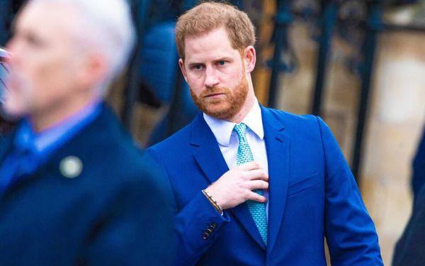 Принц Гарри в очередной раз предал королевскую семью
